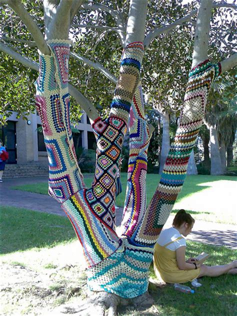 how to knit a tree knitted tree knitted and crocheted tree at wollongong