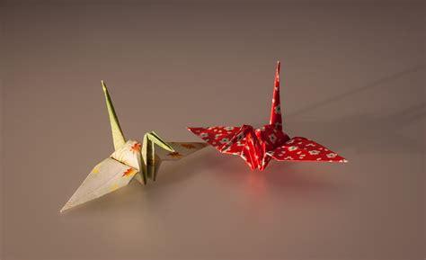 origami cranes symbolism 折鶴