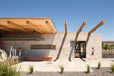 graham baba architects gallery of cowiche kitchen and icehouse bar