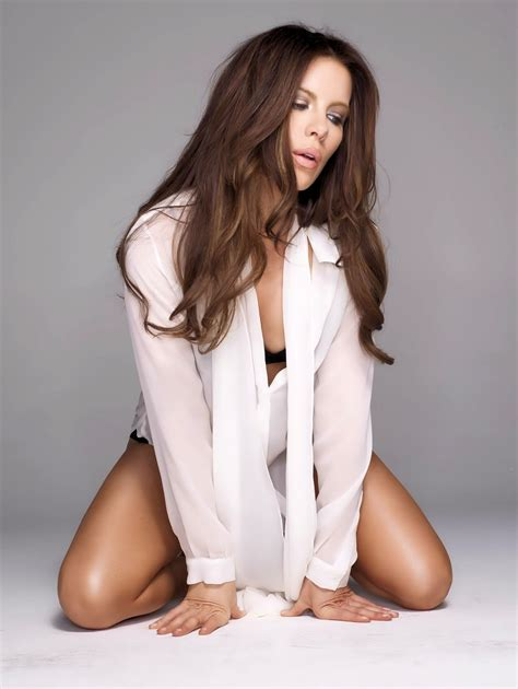 discover kate beckinsale body measurements bra size