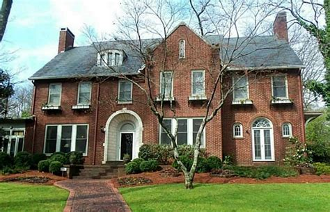 Center Hall Colonial Open Floor Plan georgian house style architecture defined by symmetry