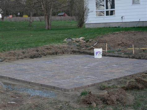 how to patio pavers diy patio installation how to build a paver patio