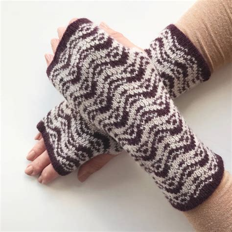 knitted wrist warmers knitted wrist warmers ripples pattern by