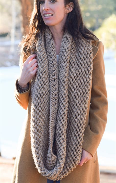how does it take to knit a scarf the traveler knit infinicowl scarf pattern in a stitch