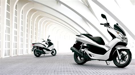Pcx 2018 Wallpaper by Honda Pcx 150 India Launch Date Images Carblogindia