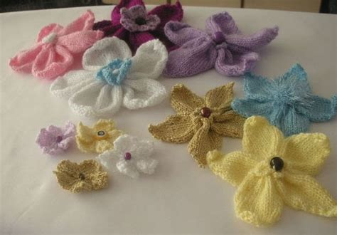 knitted flower knitting galore knitted flowers free pattern
