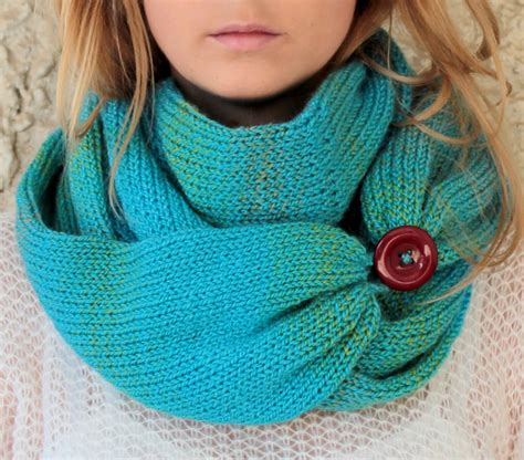 button loops knitting knit scarf with button infinity scarf circle scarf loop