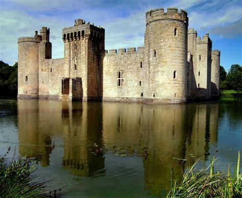 historical castles bodiam castle bodiam united kingdom history and