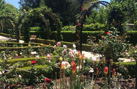 world best flower garden best flower gardens in the world best flowers in the