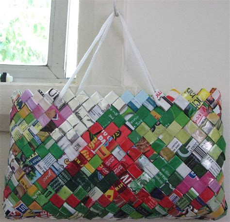 how to make bag how to make a bag from food wrappers or chip packets