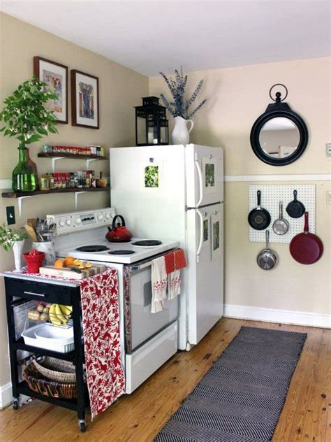 kitchen ideas for small apartments best 25 small apartment kitchen ideas on small apartments tiny apartment