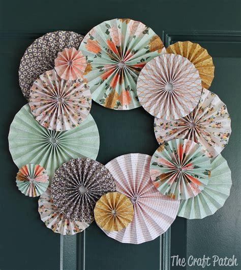 paper wreath craft the craft patch accordion fold paper wreath