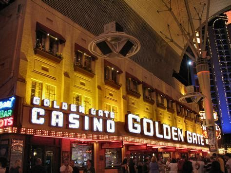 Fremont Street Light Show Hours by Golden Gate Hotel Amp Casino Triptutor Com