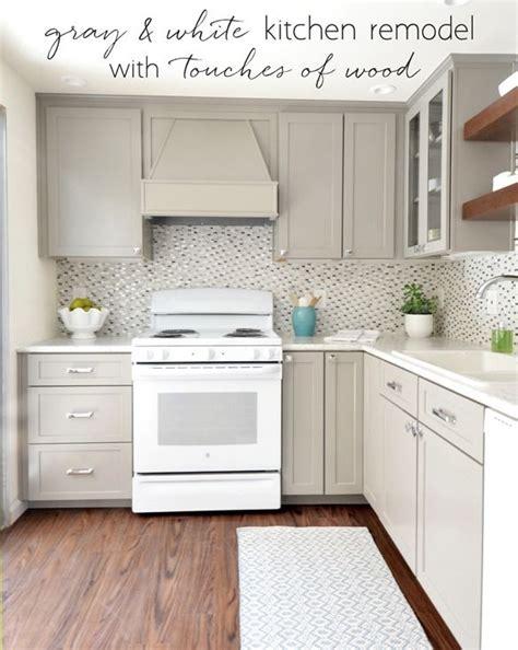 white appliance kitchen ideas 25 best ideas about white kitchen appliances on