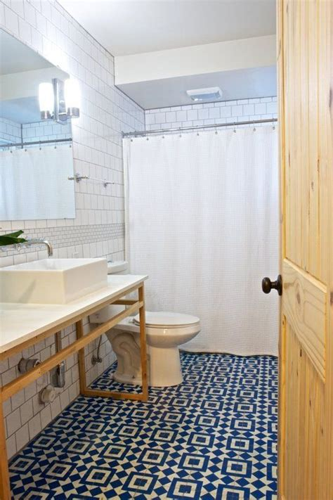 Bathroom Tiles Blue And White by 36 Blue And White Bathroom Floor Tile Ideas And Pictures