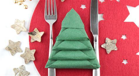 servietten falten weihnachtsbaum weihnachtsbaum serviette falten danato magazin