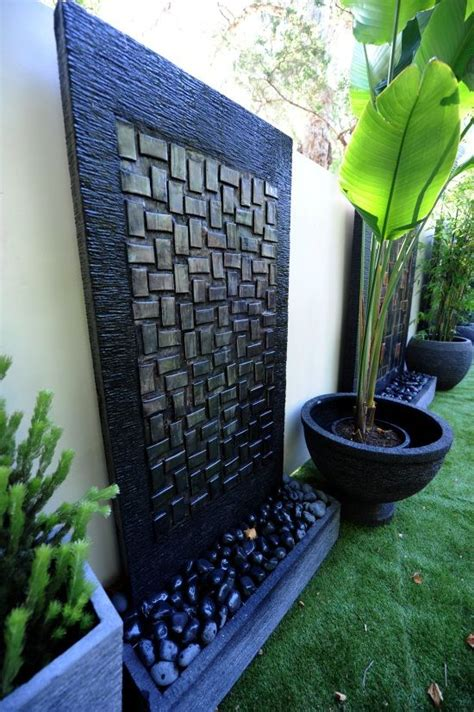 backyard water wall 17 best ideas about wall water features on