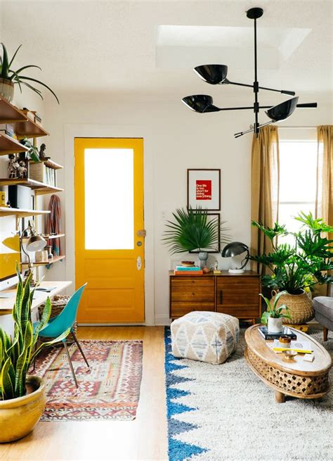 choosing paint colors for small spaces fantastic small space design colorful paint colors for