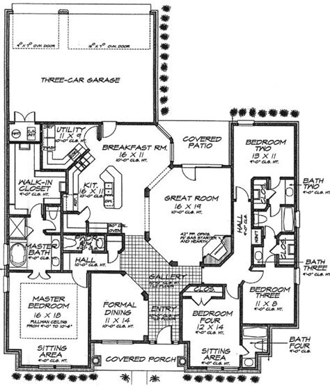 house plans with and bathrooms 7 best images about and layouts on house plans shared bathroom and design