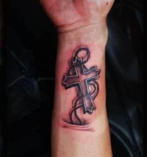 57 impressive rosary wrist tattoos design