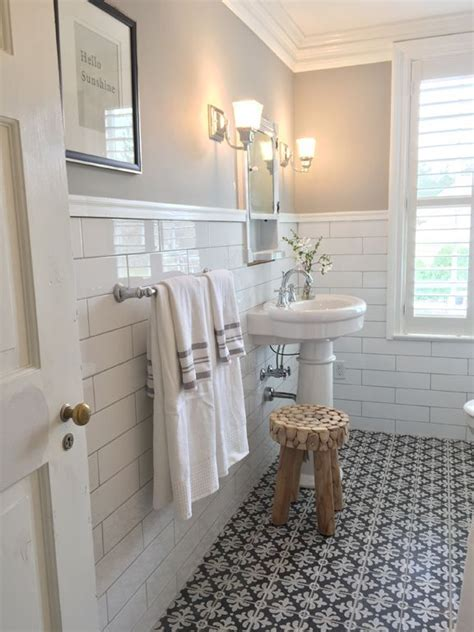 bathroom subway tile designs 25 best ideas about subway tile bathrooms on