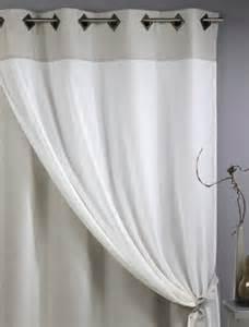 comment poser une tringle rideau installer tringle rideaux pose voilage et rideau