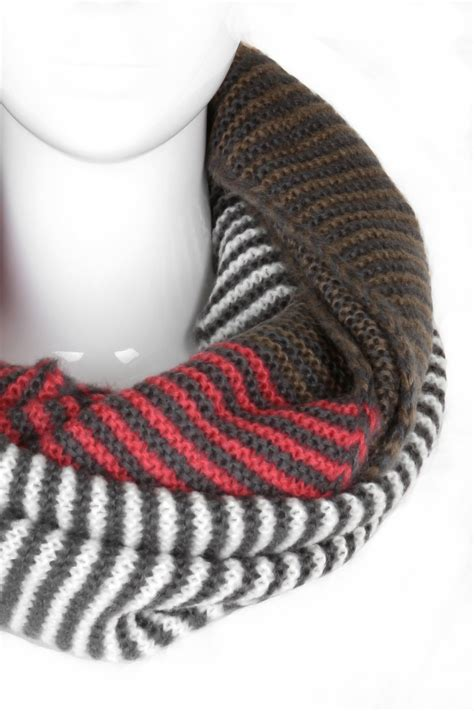 striped infinity scarf knitting pattern knitted stripe infinity scarf scarves