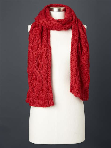 cable knit scarves gap solid cable knit scarf in modern lyst