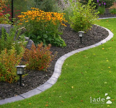 garden flower borders 25 best ideas about flower bed borders on