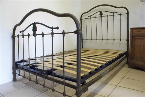 antique iron bed industrial finish 4ft antique iron bed includes base