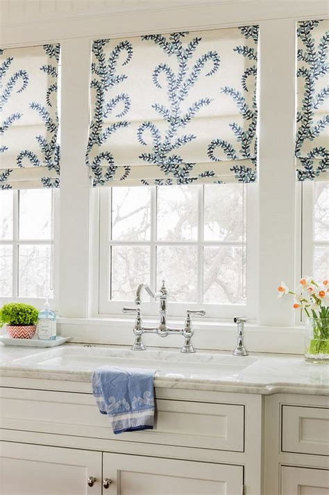 curtain for kitchen 25 best ideas about kitchen curtains on