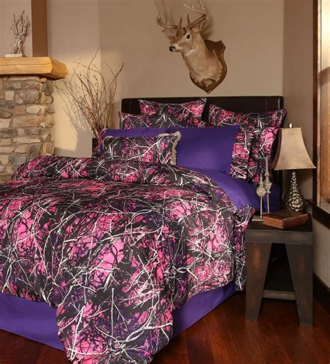 pink camo comforter sets 25 best ideas about muddy camo on