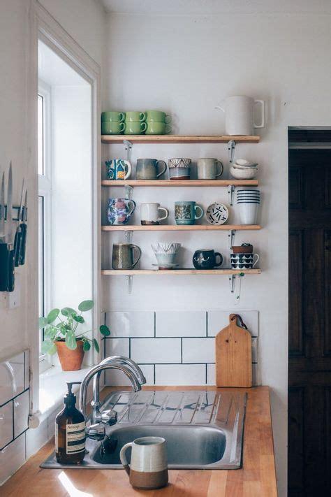rental kitchen ideas 25 best ideas about small apartment kitchen on