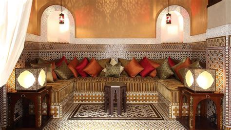 Small Dining Room Ideas Decorating decorating a muslim home 8 things you must know