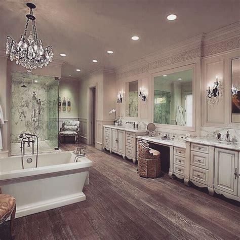 Big Bathrooms Ideas by Best 25 Big Bathrooms Ideas On