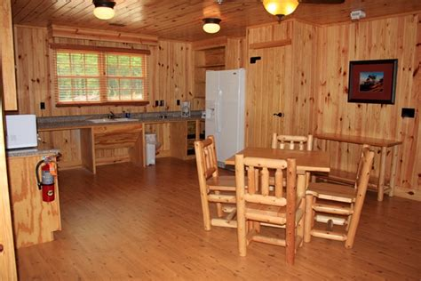 table rock state park cabins lodging at table rock state park