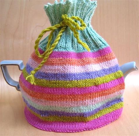 simple tea cosy knitting pattern free 17 best images about tea pot crochet tea cozy on
