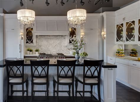 kitchen island chandeliers chandeliers add to your home decor