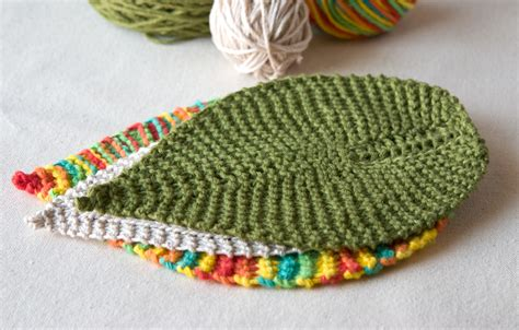 knitted washcloths free knitting pattern leafy washcloth tricksy knitter