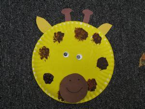 giraffe paper plate craft read giraffes can t by giles andreae education