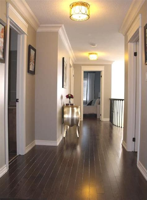 paint colors that go with oak floors 25 best ideas about hardwood on