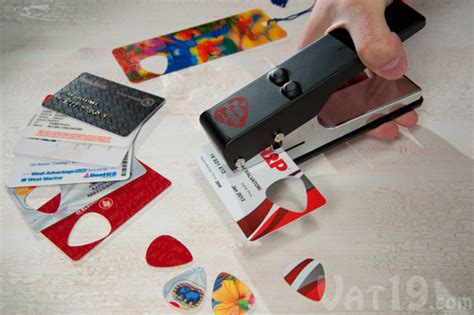 how to make your own credit card punch create your own guitar picks from stuff