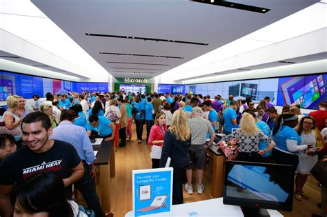 stores australia celebrate windows 10 launch at microsoft stores in the us