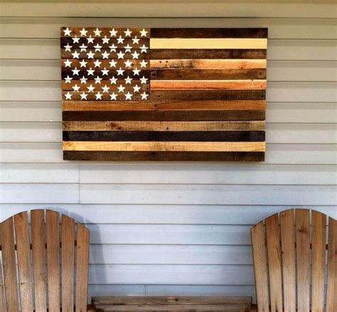 wooden pallet craft projects 25 best ideas about wooden pallet crafts on