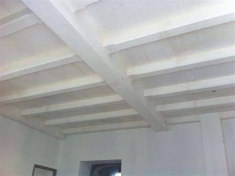 comment peindre un plafond en bois myqto