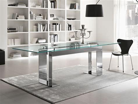 Kitchen Servers Furniture nella vetrina tonelli miles contemporary italian glass