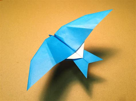 origami fly how to make a paper plane origami bird leach s
