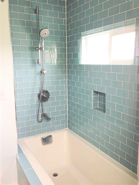 glass tiles bathroom ideas 27 great small bathroom glass tiles ideas