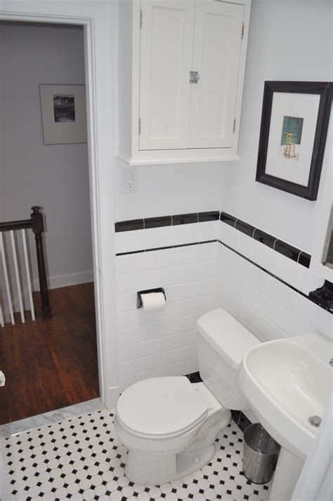 Black And White Bathroom Tile Ideas by Popular Materials Of White Tile Bathroom Midcityeast