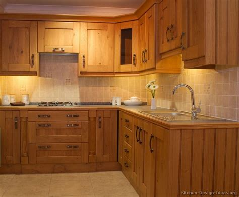 woodworking kitchen cabinets 25 best ideas about solid wood kitchen cabinets on